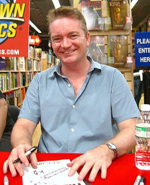 Mike Perkins - Perkins at the midnight signing of The Dark Tower: Treachery and The Stand: Captain Trips at Midtown Comics Times Square, on 10 September 2008.
