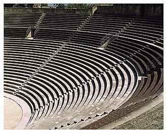 Roman Theatre of Orange - Image: 955 ORG1005