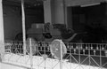 ASC Leiden - NSAG - van Es 1 - 033 - A cart with large wheels and benches for passengers, a gift of Queen Victoria to Governor Gordon - Khartoum, Sudan - around 23 - 29-11-1961.tif
