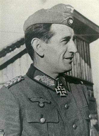 Movimiento Nacional - Image: Agustín Muñoz Grandes (1)
