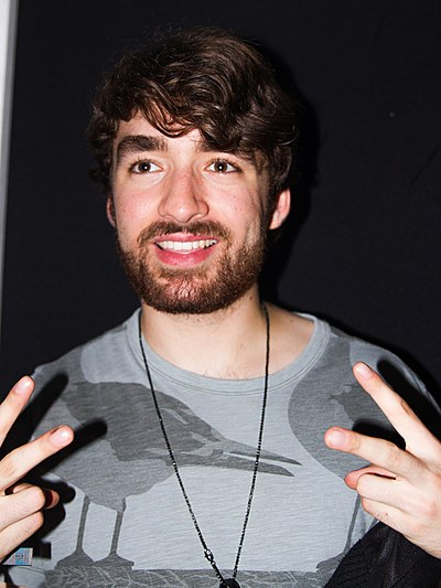 Picture of a band or musician: Oliver Heldens