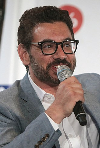 Al Madrigal - Madrigal performing at Politicon in 2016.