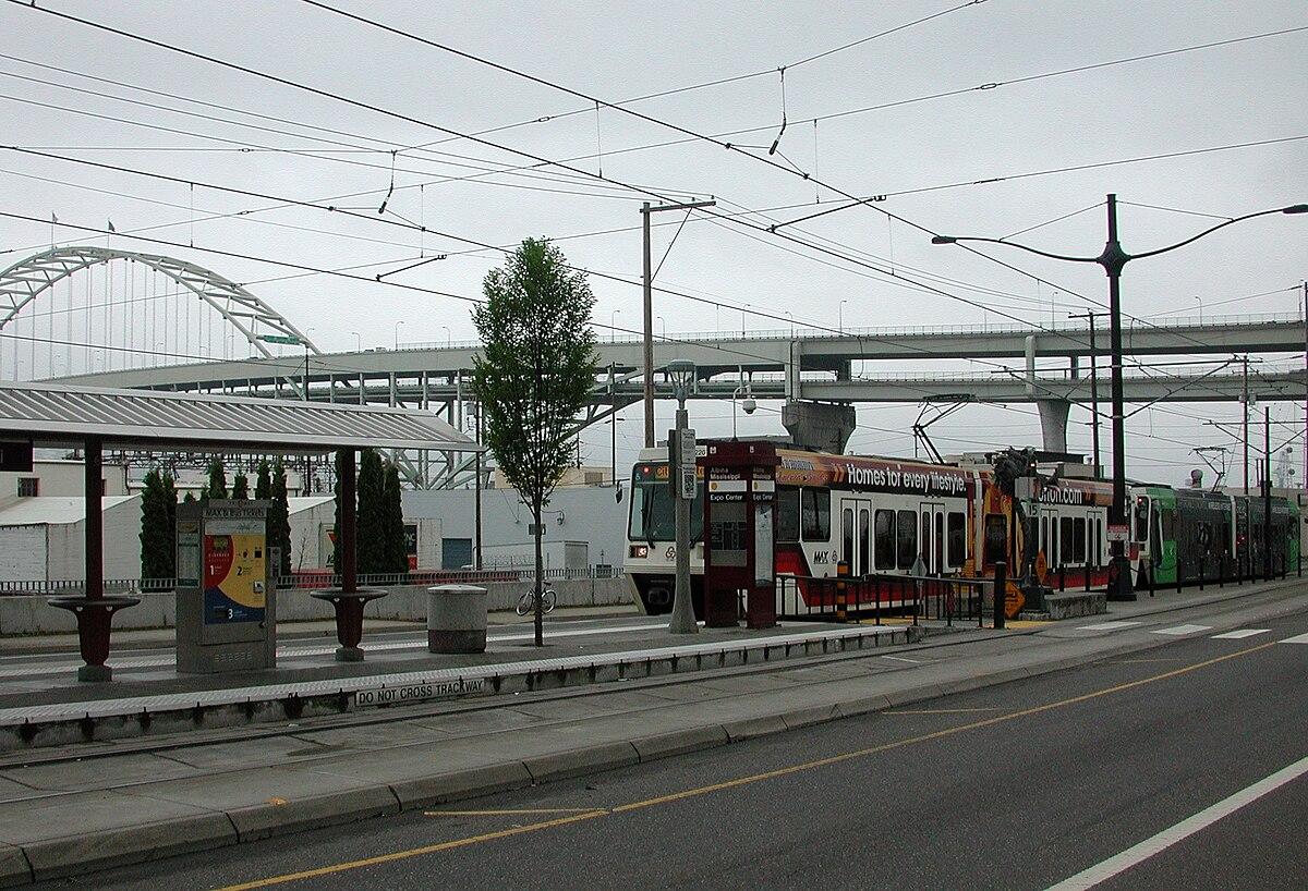Albina/Mississippi station - Wikipedia