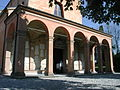 Albinea chiesa portico 02.jpg
