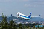 All Nippon Airways, B737-800, JA72AN (21727825935).jpg