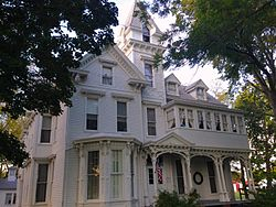 Anderson House Carlinville Front View.JPG