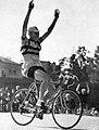 André Noyelle, champion olympique sur route le 2 août 1952, à Helsinki.jpg