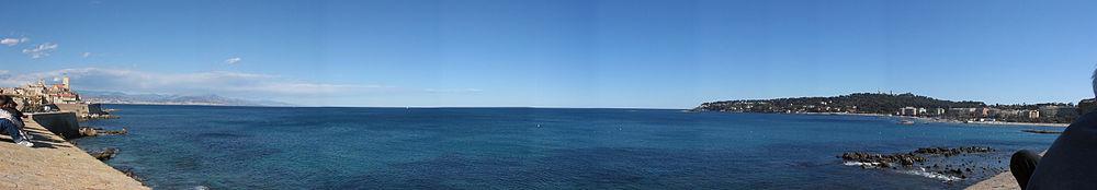 Antibes panorama01.jpg