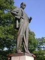 Antonín-Zápotocký-socha-Zákolany2011a.jpg