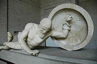 Aphaia pediment Laomedon E-XI Glyptothek Munich 85.jpg