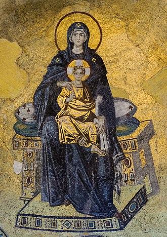 Macedonian Renaissance - Virgin with child mosaic, Hagia Sophia