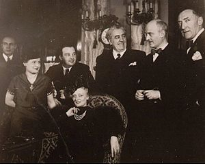 L'Aiglon (opera) - At the première in Monte Carlo in 1937: Fanny Heldy (seated), Honegger (3rd from left), Ibert (2nd from right), Vanni Marcoux (1st from right)