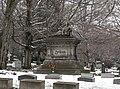 Arthur winter - Lake View Cemetery (39730386192).jpg
