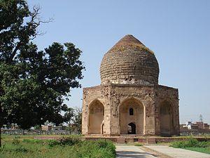 Abu'l-Hasan Asaf Khan - Tomb of Asif Khan in Lahore