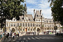 Avenue Victoria and Hotel de Ville, Paris 2014.jpg