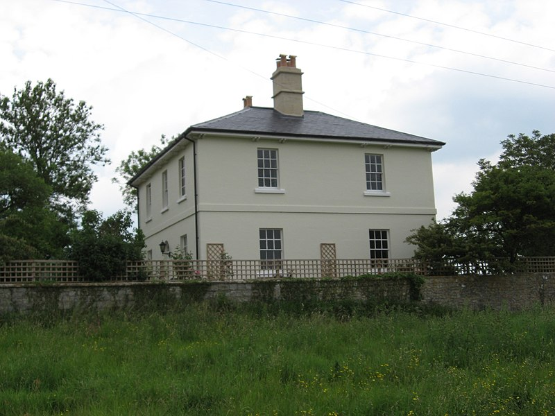 File:Avonside House. Former HQ of the Avon & Gloucestershire Railway. - panoramio.jpg