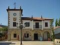 Ayuntamiento de Navarredonda y San Mamés.jpg