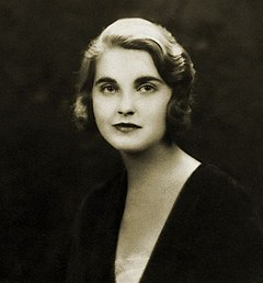 Barbara Hutton Barbara Hutton May 1931.jpg