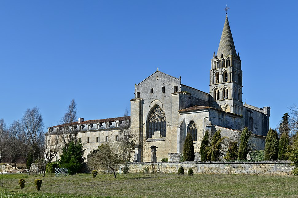 Bassac 16 Abbaye vue ESE 2014
