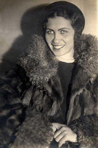 Shulamit Bat-Dori - Bat-Dori in 1930