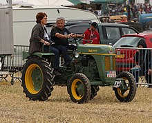 List Of Former Tractor Manufacturers Wikipedia
