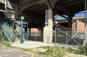 Beach 105th Street (IND Rockaway Line) - Eastern stairs