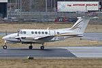 Beechcraft B200 Super King Air, Aeroservice Executive JP6151209.jpg