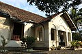 Bekas Rumah Dinas Karyawan Pabrik Gula Sewugalur (Sukerfabriek Sewoegaloor) 01.jpg
