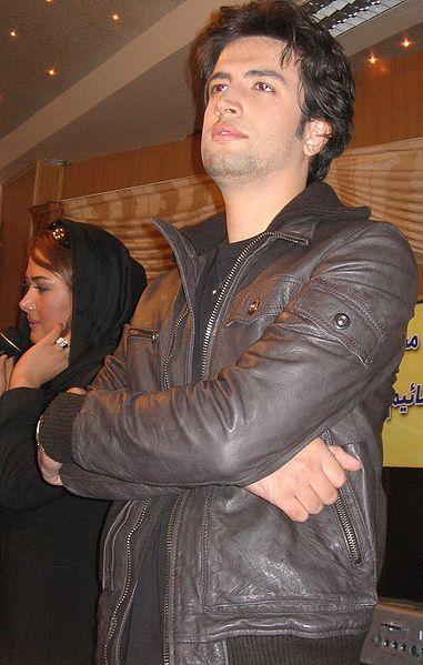 بيوگرافي خوانندگان ايراني - صفحة 2 381px-Benyamin