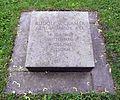 Berlin, Mitte, Invalidenfriedhof, Feld B, Grab Rudolf von Cramer, Restitutionsstein, 2003.jpg