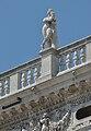 Biblioteca marciana Venezia balaustra nudo maschile Ercole.jpg