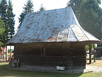 Biserica de lemn din Horodnic de Jos1.jpg