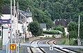 Blick vom Bahnsteig in Balduinstein lahnabwärts.jpg
