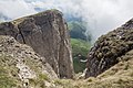 Bolshoy Tkhach, Adygea, Большой Тхач, отвесные скальные склоны, Адыгея, Западный Кавказ.jpg