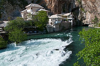 Vrelo Bune - Image: Bosnia and Herzegovina Apr 28 2012 006 (7156010742)