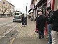 Boulangerie de Saint-Maurice-de-Beynost (Ain, France) - file d'attente un 24 décembre.JPG