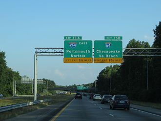 Bowers Hill Interchange - Signs for I-264 east and I-64