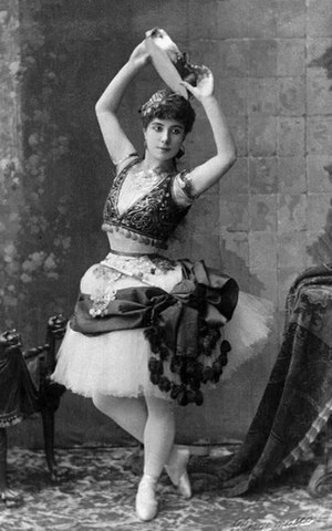 Carlotta Brianza - Carlotta Brianza as Esmeralda (c. 1890)