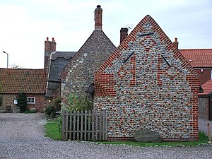 English: Brick and flint walls Brick and flint...