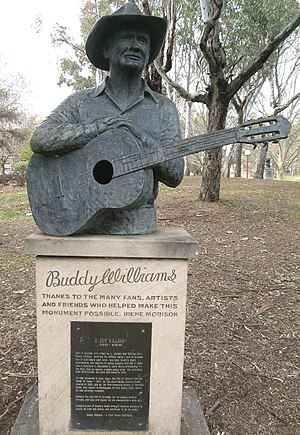 Buddy Williams (country musician) - Bust of Buddy Williams, Bicentennial Park, Tamworth, NSW