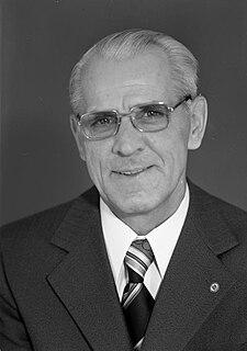 Willi Stoph German politician