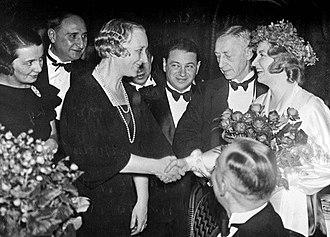 Ivan Bunin - Vera and Ivan Bunins at the Nobel Prize ceremony in Stockholm, 1933
