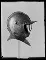 Burgonet, till halvrustning, 1600-tal - Livrustkammaren - 62074.tif