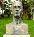 Busto Andolin Eguzkitza Santurtzin.jpg