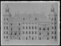 Byggnadsritning med tvärsektion på Skoklosters slotts gårdfasad - Skoklosters slott - 68747.tif
