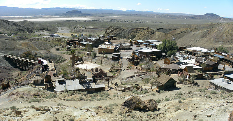 File:CalicoGhostTownMarch2010.JPG