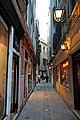 Calle de le Boteghe, San Marco, Italy-1216 - Land.... not water.... (5209374797).jpg