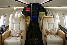 Bombardier Challenger 600 series - Wikipedia