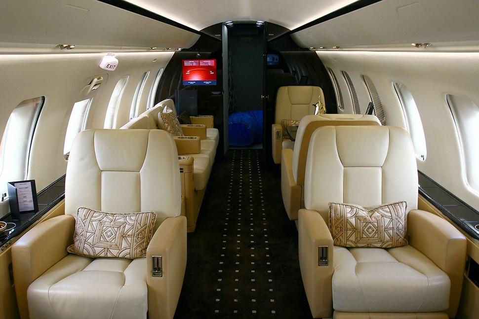 Canadair CL-600-2B16 Challenger 605, Bombardier AN1445479