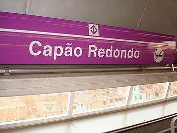 96d9f1a107f0 Placa de identificação da Estação Capão Redondo.